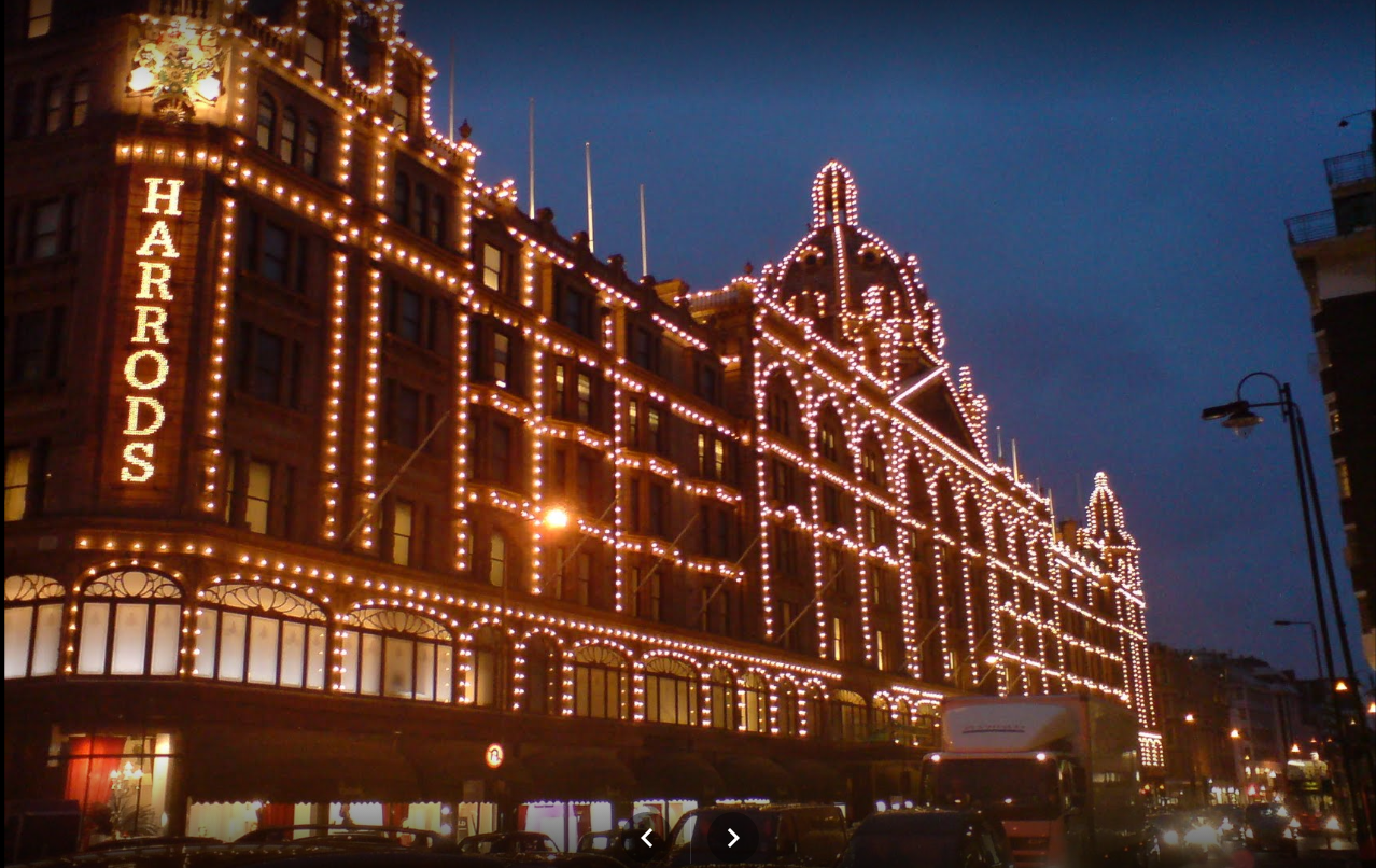 harrods-extrenal-night